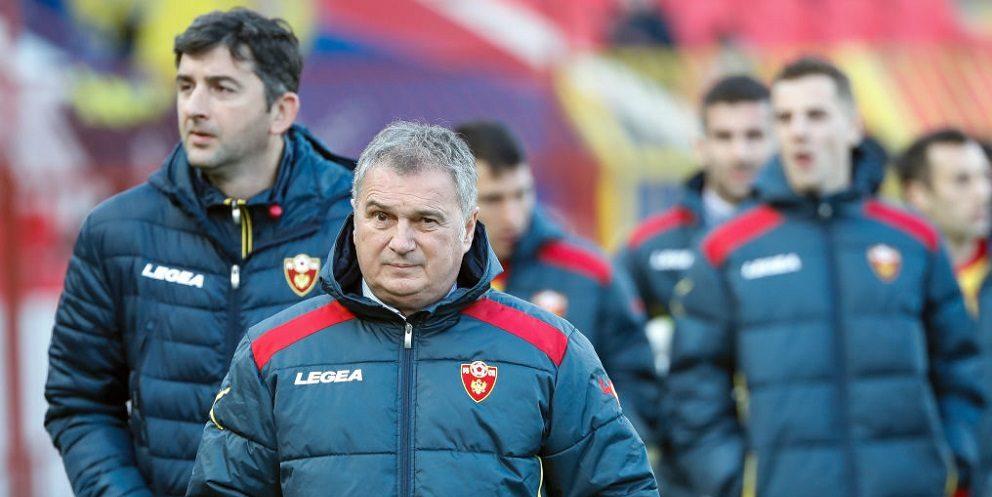 Ο Τουμπάκοβιτς στον πάγκο της Εθνικής Σερβίας
