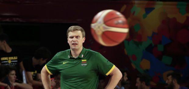 """""""Κόπηκε"""" ο Μπέντσιους από την Εθνική Λιθουανίας, συνεχίζουν 14"""
