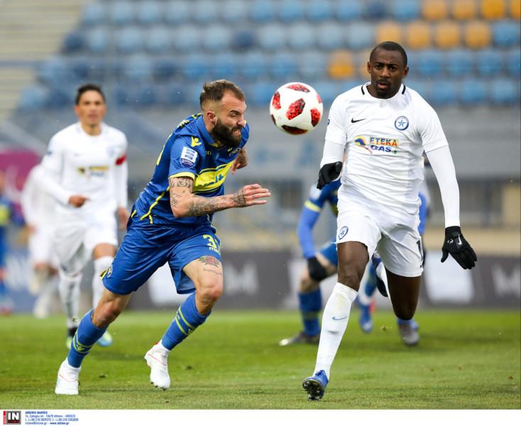 Super League: Έξοδος της ΑΕΚ σε Αγρίνιο, «μάχες» σε Βόλο, Τρίπολη-Που θα δείτε τα σημερινά παιχνίδια
