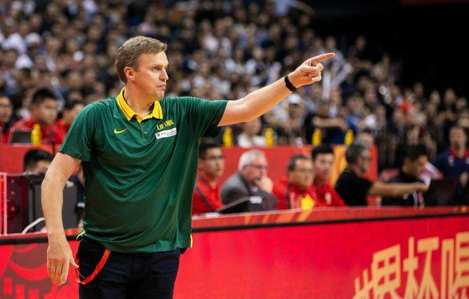 Τέλος ο Αντομάιτις από την Λιθουανία