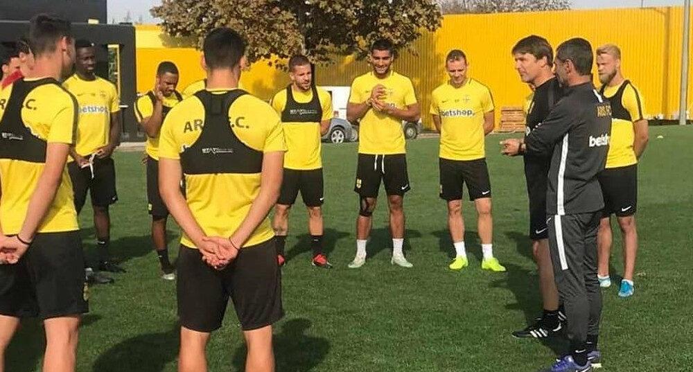 Δεν παίζουν με ΑΕΚ Τόνσο και Ντουάρτε