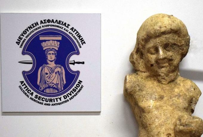 Μεσσηνία: Συνελήφθη αρχαιοκάπηλος με άγαλμα μεγάλης αξίας