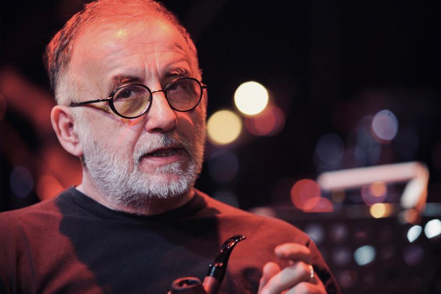Πρ. Παυλόπουλος: «Ο θάνατος του Θάνου Μικρούτσικου αποτελεί, αναμφισβήτητα, μεγάλη απώλεια για την Τέχνη και τον Πολιτισμό μας»