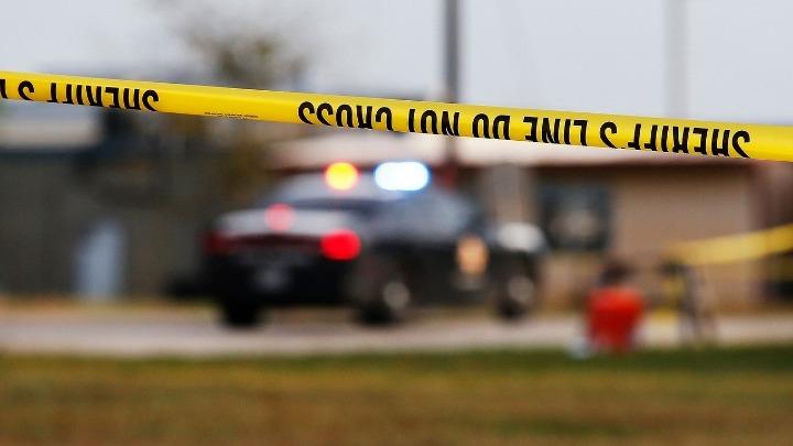 Πατέρας πυροβόλησε κουρέα επειδή δεν του άρεσε το κούρεμα του γιου του