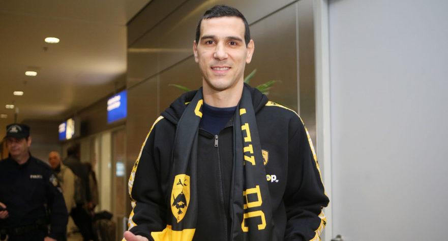 Ζήσης στο enwsi.gr: «Ο Αγγελόπουλος μου είπε, ότι απαιτεί να γυρίσω στην ΑΕΚ»