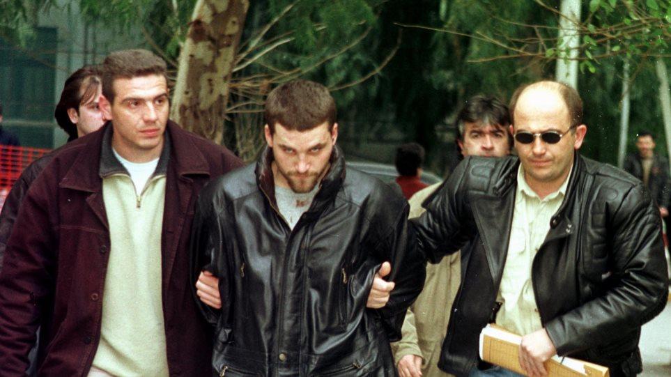 Κώστας Πάσσαρης: Ζητεί να επιστρέψει στην Ελλάδα ο ισοβίτης