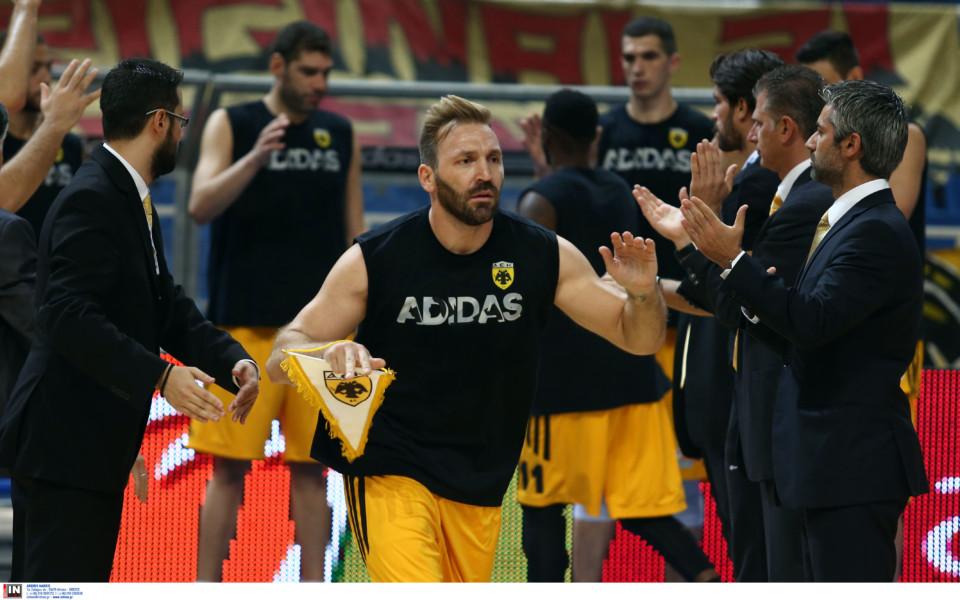 Πολυτάρχου: «Φόρεσα την πιο βαριά φανέλα στην Ελλάδα-ΑΕΚ στα εύκολα, ΑΕΚάρα στα δύσκολα!» (ΦΩΤΟ)