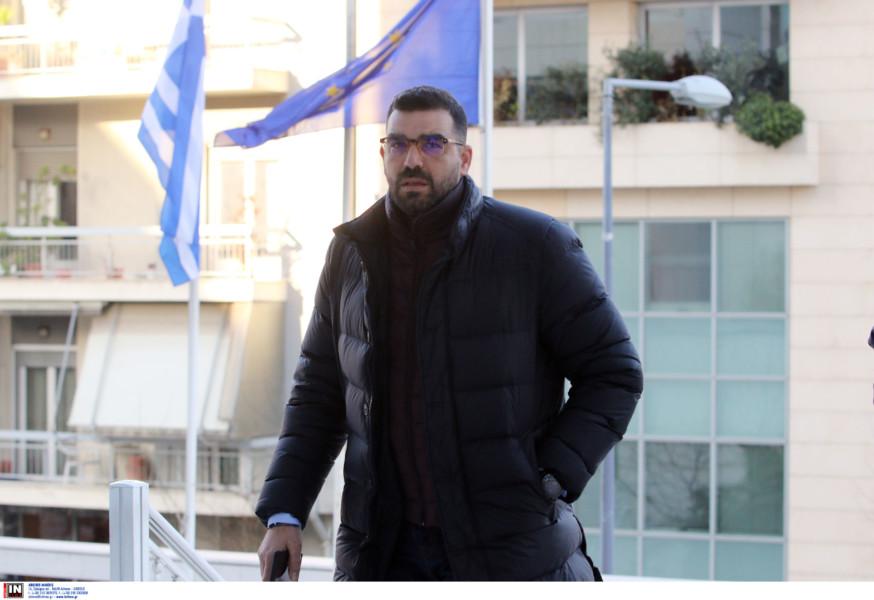 Κωνσταντινέας: «Μου είπαν πρόσεχε τι θα κάνεις, το παιχνίδι πρέπει να κερδίσει ο Ολυμπιακός»!