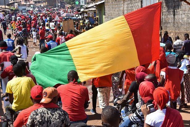 Οκτώ ποδοσφαιριστές νεκροί σε δυστύχημα στη Γουινέα