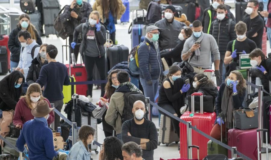 Κορωνοϊός: 2.000 άνθρωποι αποκλεισμένοι στο αεροδρόμιο της Κωνσταντινούπολης