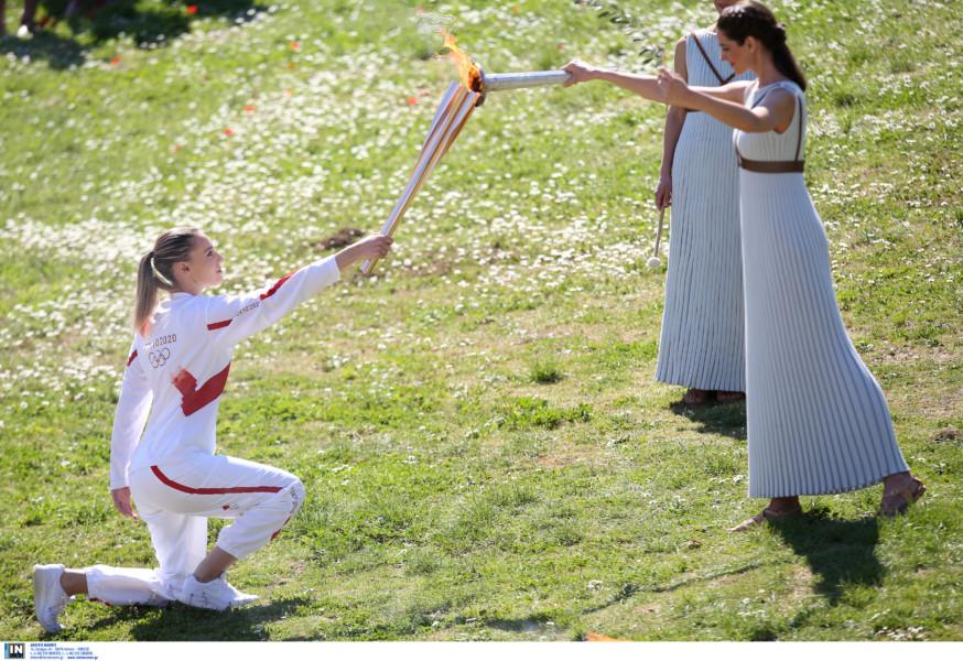 Τόκιο 2020: Ξεκίνησε από την Αρχαία Ολυμπία με την Κορακάκη το ταξίδι της Ολυμπιακής Φλόγας