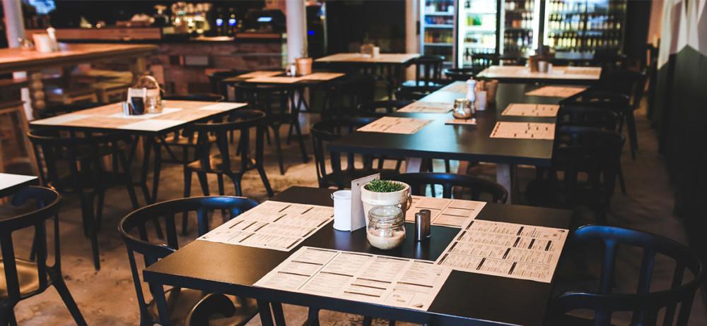 Κορωνοϊός: Κλείνουν μπουζούκια, θέατρα και σινεμά- Ανοικτά εστιατόρια και καφέ