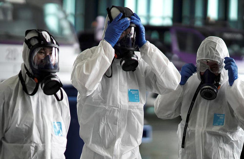 Κορωνοϊός: 6 θεωρίες συνωμοσίας για τον ιό!