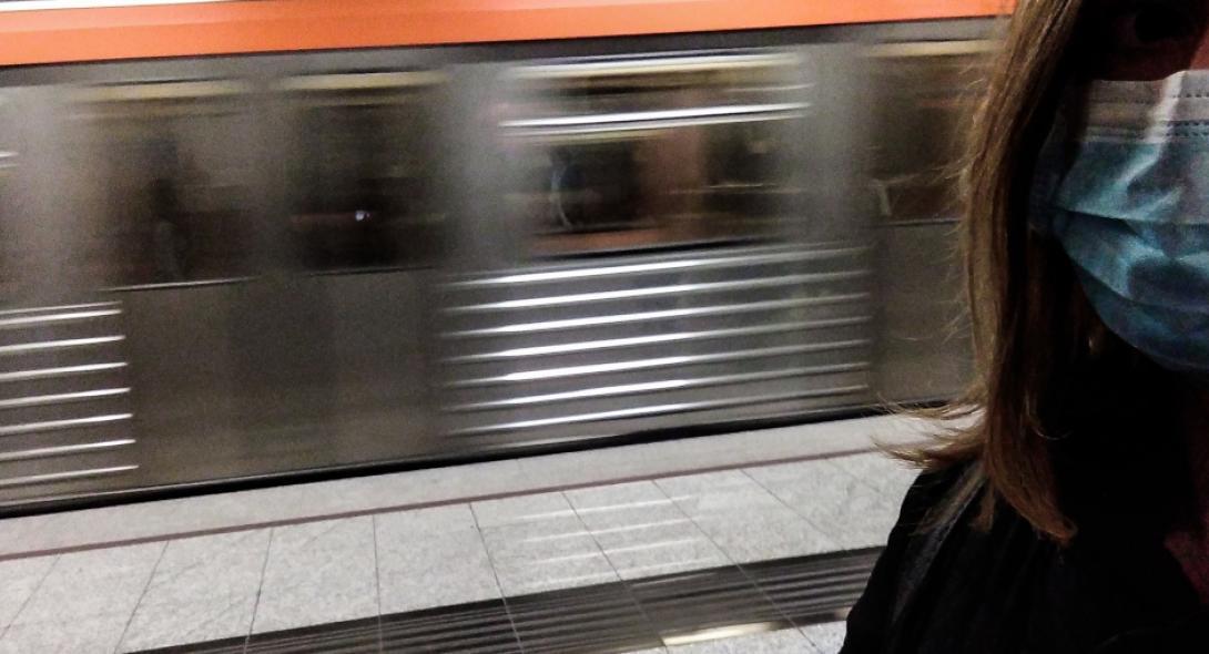 Κορωνοϊός: Άδειασαν οι σταθμοί του μετρό