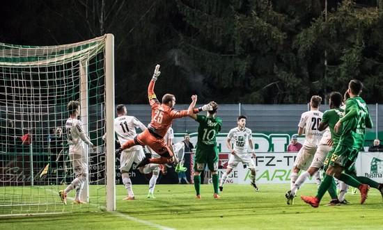 Ποδόσφαιρο με δρακόντεια μέτρα: Έτσι ξεκινάει το πρωτάθλημα στην Ελβετία