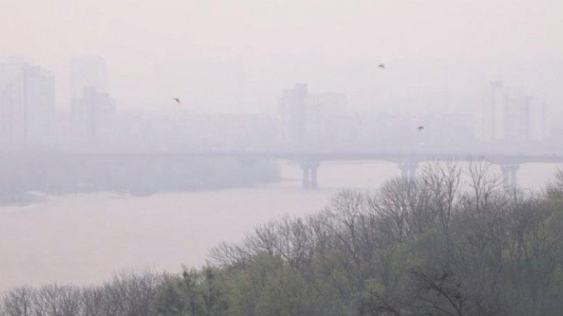 Καπνοί από την φωτιά στο Τσερνόμπιλ κάλυψαν το Κίεβο! (VIDEO)