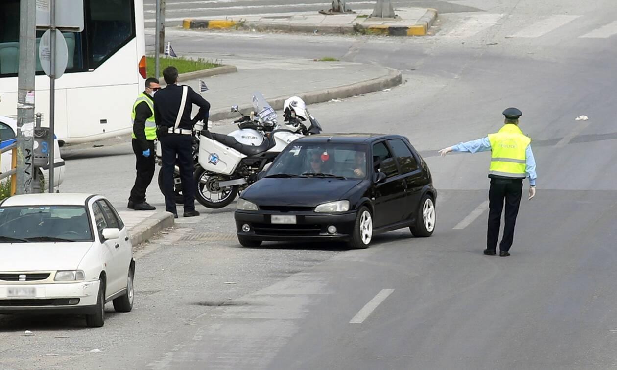 Απαγόρευση κυκλοφορίας: Σκέψεις της κυβέρνησης για χειρόφρενο στα ΙΧ το Πάσχα!