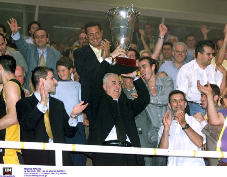 Ντράγκαν Σάκοτα: Ο καλύτερος προπονητής στην ιστορία της ΑΕΚ, με τη δική σας ψήφο!