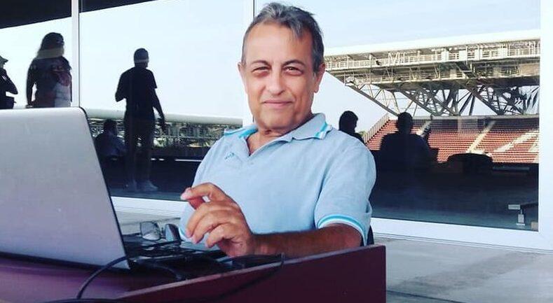 «Έφυγε» από τη ζωή ο δημοσιογράφος Άκης Τσόπελας