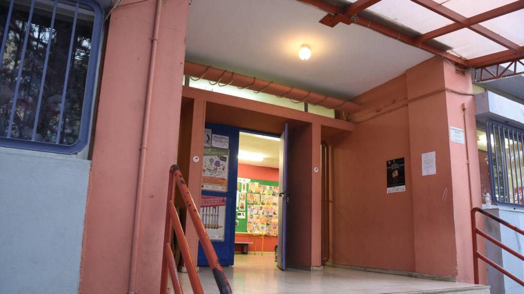 Άρση μέτρων-Πέτσας: «Μαζί με τα δημοτικά θα ανοίξουν παιδικοί και βρεφονηπιακοί σταθμοί»