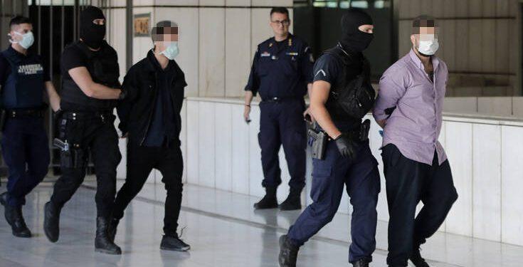 Δίκη Τοπαλούδη: Ισόβια και κάθειρξη 15 ετών για τους κατηγορούμενους!