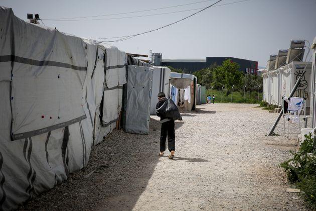 Κορωνοϊός: Παρατείνονται μέχρι τις 21 Μαΐου τα περιοριστικά μέτρα στις δομές φιλοξενίας