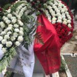Η Θύρα 7 και ο Στυλιανέσης τίμησαν τον Μάνθο -Εστειλαν στεφάνι στην κηδεία (ΦΩΤΟ)