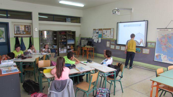 Κορωνοϊός: Τη Δευτέρα οι αποφάσεις για τα δημοτικά σχολεία – Τσιόδρας: «Σύνθετο δίλημμα»