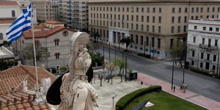 Επαινοι Deutsche Welle: «Η Ευρώπη παραμένει στην αρπάγη της πανδημίας, ενώ η Ελλάδα κερδίζει τον κορωνοϊό»