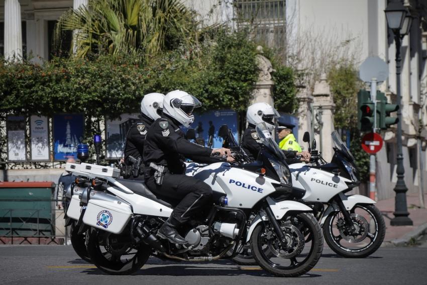 Αρση μέτρων: «Σαφάρι» ελέγχων για την τήρηση των κανόνων σε καταστήματα της Αθήνας