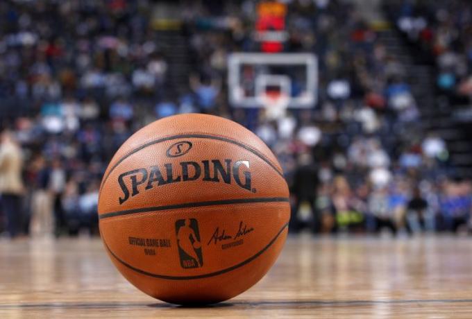NBA: Αλλάζει μπάλα μετά από 37 χρόνια -Παρελθόν η Spalding