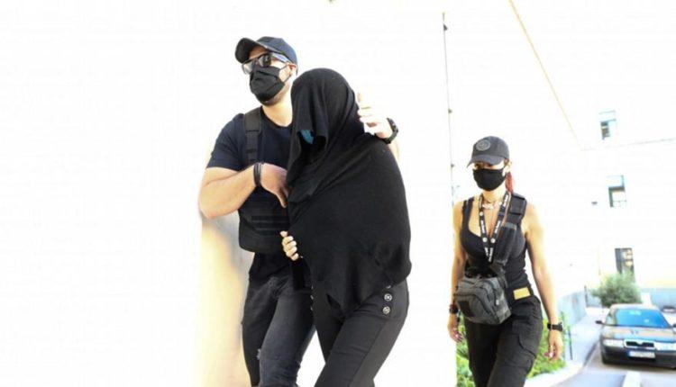 Δικηγόροι Ιωάννας για 35χρονη: «Ζήλια-κακία, όχι ψυχιατρικά προβλήματα»