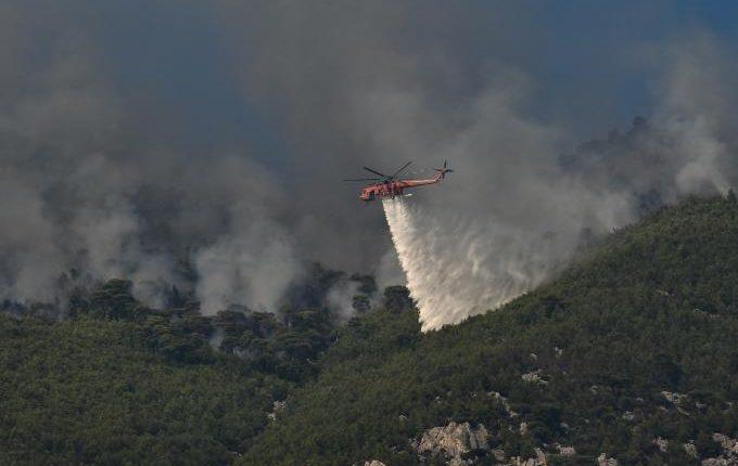 Ζάκυνθος: Υπό έλεγχο η φωτιά