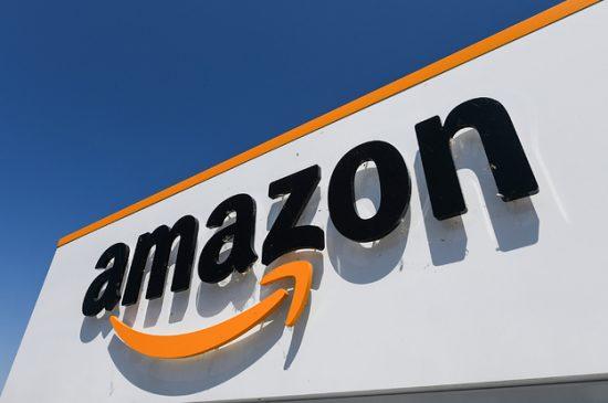 Τζορτζ Φλόιντ: Η Amazon απαγορεύει για έναν χρόνο στην αστυνομία να χρησιμοποιεί το λογισμικό αναγνώρισης προσώπου