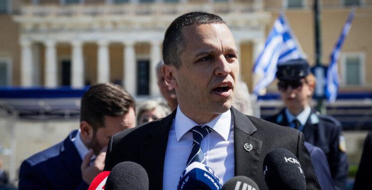Ο Κασιδιάρης ανακοίνωσε το όνομα του ακροδεξιού κόμματός του: «Έλληνες»