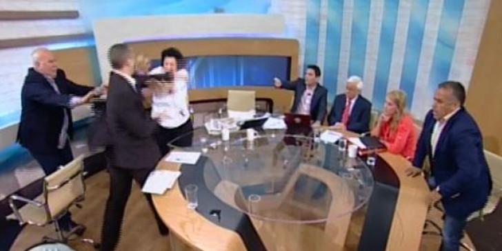 Ο Παπαδάκης για την επίθεση Κασιδιάρη σε Κανέλλη-Δούρου