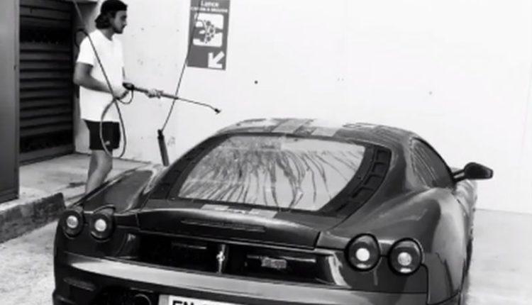 Στέφανος Τσιτσιπάς: Πλύσιμο... πολυτελείας στη νέα του Ferrari (VIDEO)
