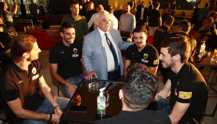 Μπάρκας: Απόφαση Μελισσανίδη να έρθει στην ΑΕΚ αντί Λόρια ή Οτσόα!