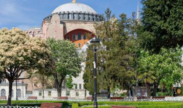 Αγιά Σοφιά: Το Ανώτατο Δικαστήριο πετάει το μπαλάκι στον Ερντογάν -Σε 15 μέρες η απόφαση