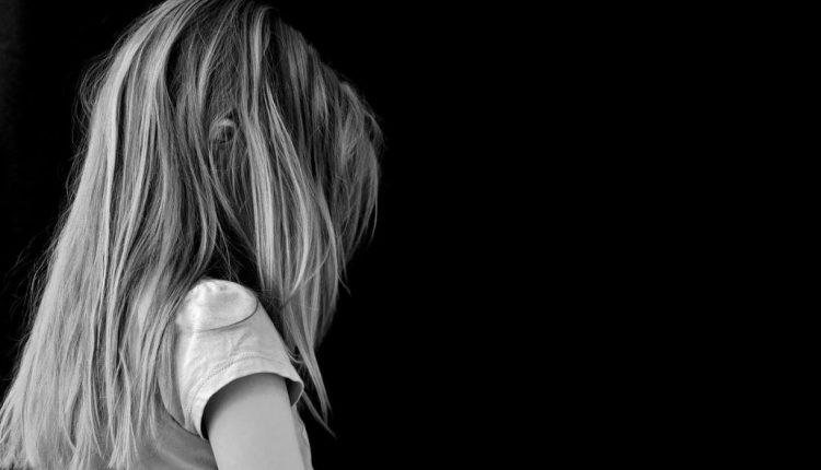 Σοκ στην Ερέτρια: Νέα σύλληψη εκπαιδευτικού για ασέλγεια σε ανήλικη μαθήτρια