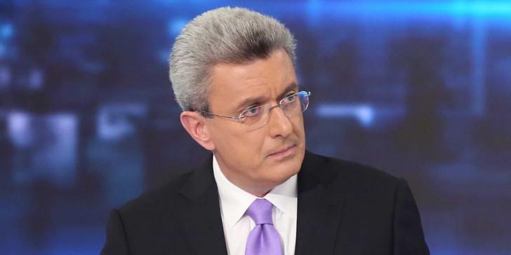 Χατζηνικολάου: «Άθλιοι συκοφάντες, η ιστοσελίδα αυτή δεν είναι δική μου! Έρχεται αγωγή!»