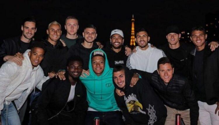 Νεϊμάρ: Οργάνωσε πάρτι για την ομάδα μπροστά από τον Πύργο του Άιφελ (ΦΩΤΟ)