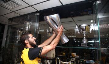 Ινσούα: Εικόνες από τις πρώτες του στιγμές ως παίκτης της ΑΕΚ