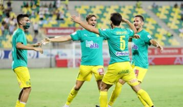 Συντριβή με (3-0) από την ΑΕΚ Λάρνακας για τον ΑΠΟΕΛ του Ουζουνίδη
