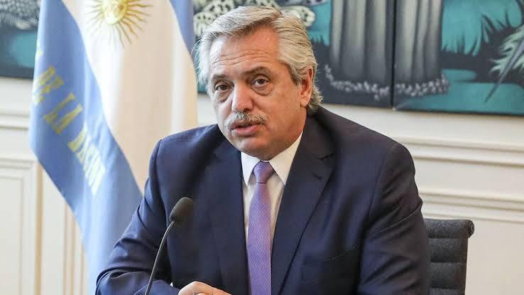 Πρόεδρος Αργεντινής σε Μέσι: «Έλα πίσω στη Νιούελς»