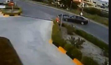 Κρήτη: Σοκαριστικό τροχαίο αποδεικνύει πως το κράνος σώζει ζωές (VIDEO)