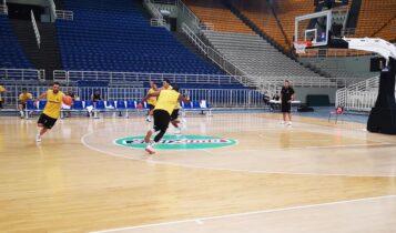 Με τέσσερις απουσίες και Μάντζαρη στη Θεσσαλονίκη η ΑΕΚ