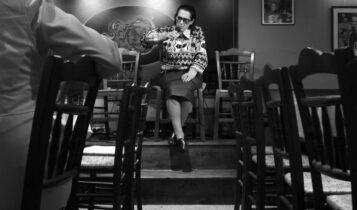 «Τον έκαψε με βιτριόλι»: Η μέρα που η κορυφαία Ελληνίδα τραγουδίστρια έκανε το μεγαλύτερο λάθος της ζωής της