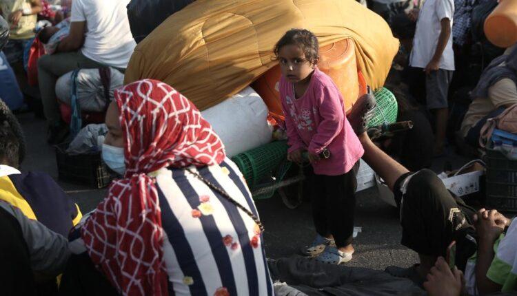 Λέσβος: 5.500 πρόσφυγες μεταφέρθηκαν στον Καρά Τεπέ - Στα 157 τα κρούσματα κορονοϊού