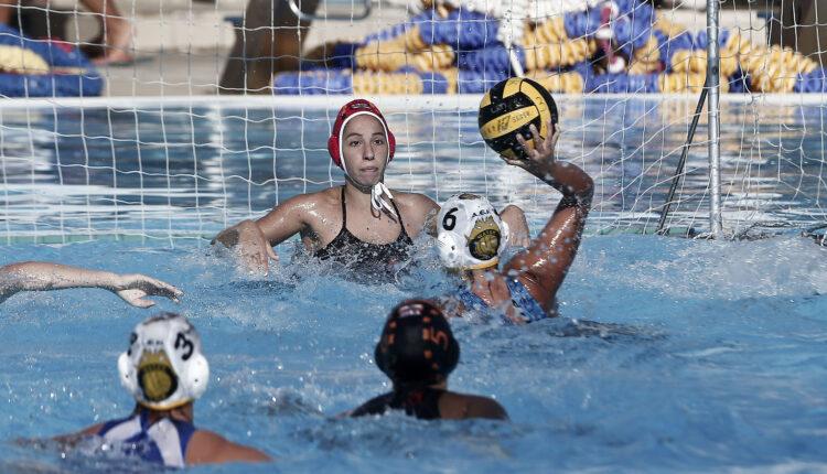 Εικόνες από το ματς στο πόλο Γυναικών ΑΕΚ-Νηρέας